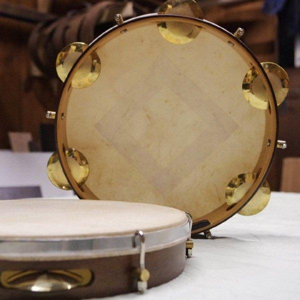 """Pandeiro 10"""" madera Imbuia - piel natural Georg Pandeiros A603100"""